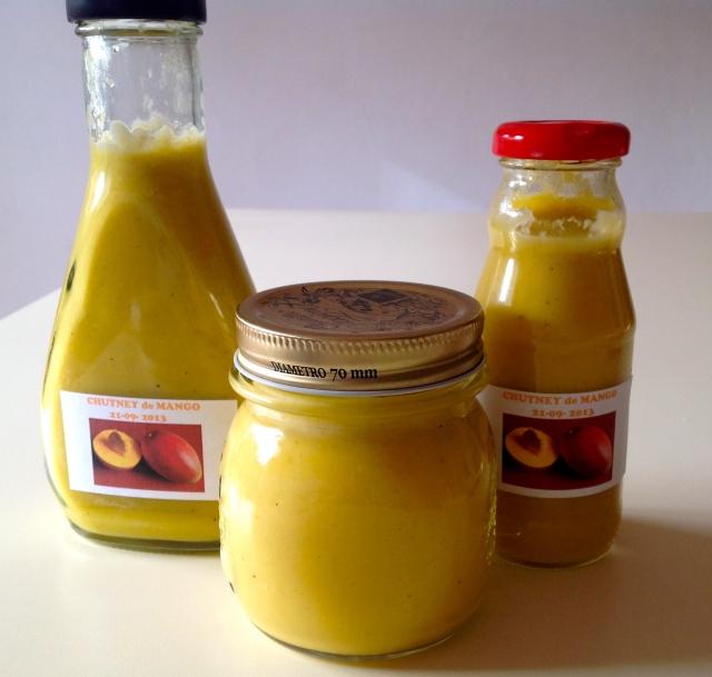 Salsa de mango envasada