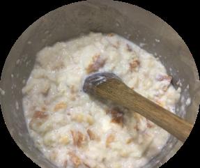 Calentando pan y leche